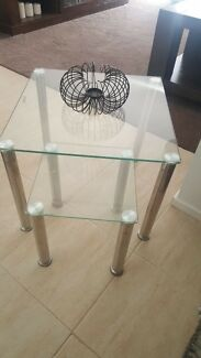 Glass nest side table