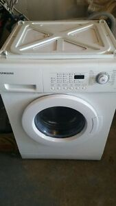 Samsung Apartment size Washer and Dryer