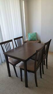 Dining table + 4x Dining chairs