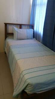 Private room for female uni student 160$ incl. all Bills