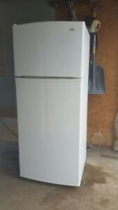 Inglis Refrigerator with delivery