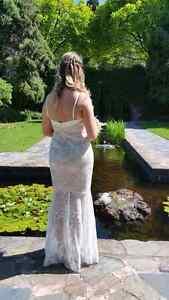 Wedding dress and shoes Glen Iris Boroondara Area Preview