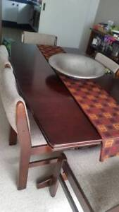 Extendable Dining Table with 6 Chairs Price Dropped!
