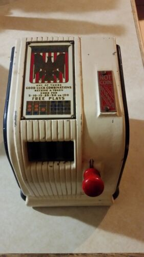 American Eagle Trade Stimulator with key, rare version that does not take coins!