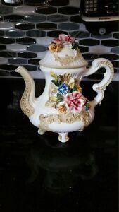 Beautiful Italian tea pot