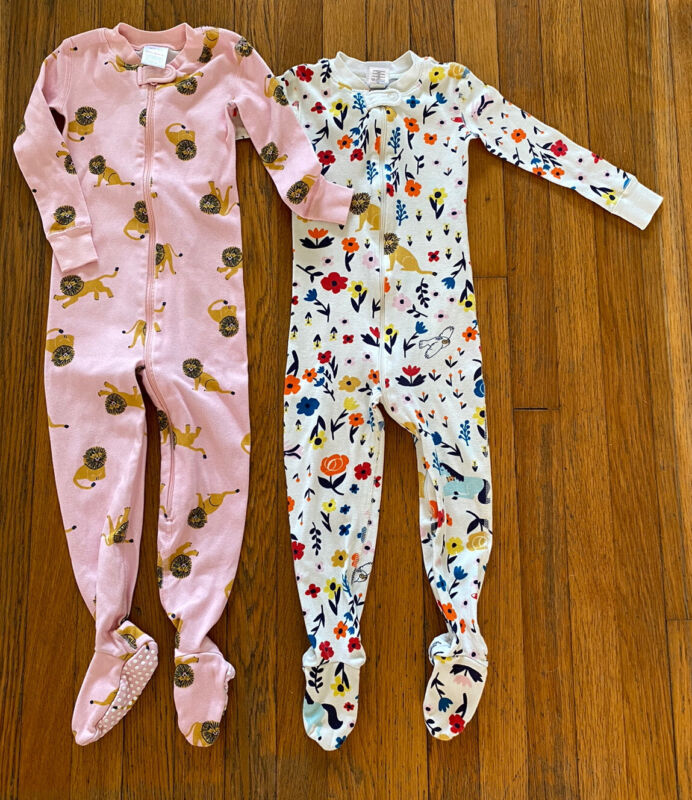 Hanna Andersson Girls Floral Lion Footed Pajamas Size 90 Lot Of 2 Pairs EUC