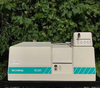 Beckman Coulter Du 640 Spectrophotometer - Power Tested Du640