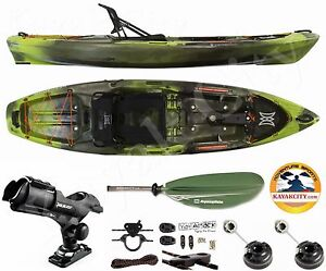 Perception Pescador Pro 100 Kayak - Sport Fishing Package - Moss Camo, 2016