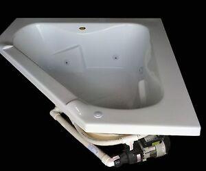 Carver tubs ct6060 60 x 60 corner whirlpool bathtub w 12 for Whirlpool garden tub