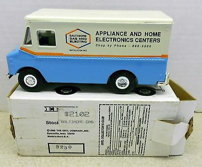 BALTIMORE GAS & ELECTRIC GRUMMAN STEP VAN 1990 DIECAST ERTL BANK #2102