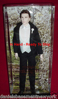 Twilight Breaking Dawn Part 1 Mattel Barbie EDWARD Wedding Collector Doll IN STK