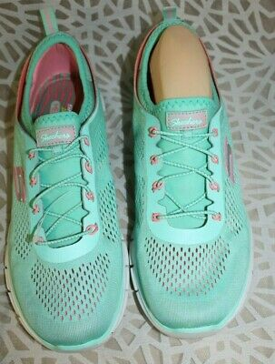 Women's Skechers Air-Cooled Memory Foam Tennis Shoes - 11 M - MINT