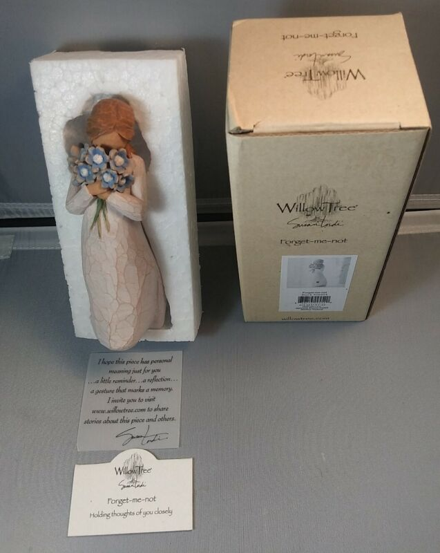 Willow Tree Forget-me-not Figurine. Susan Lordi. Demdaco.free shipping