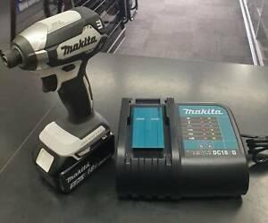 Makita DTD153 18V 5.0Ah Li-ion Cordless Brushless Impact Driver Combo Toukley Wyong Area Preview