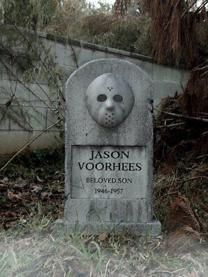 Jason Voorhees Halloween Prop (JASON VOORHEES Tombstone Friday the 13th Movie Halloween Prop  )