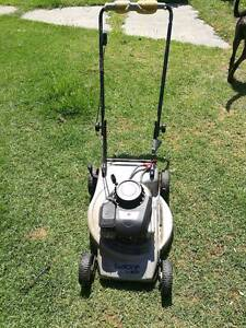 briggs and stratton lawn mower working condition Chelsea Heights Kingston Area Preview