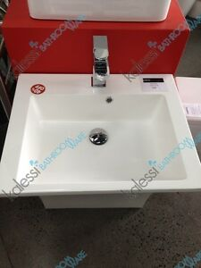 7 Shape Basin Displayed Unit New Never Used $250 Springvale Greater Dandenong Preview