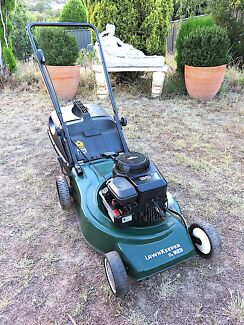 Lawn Mower 4Stroke Victa Powered By Briggs and Stratton Motor.