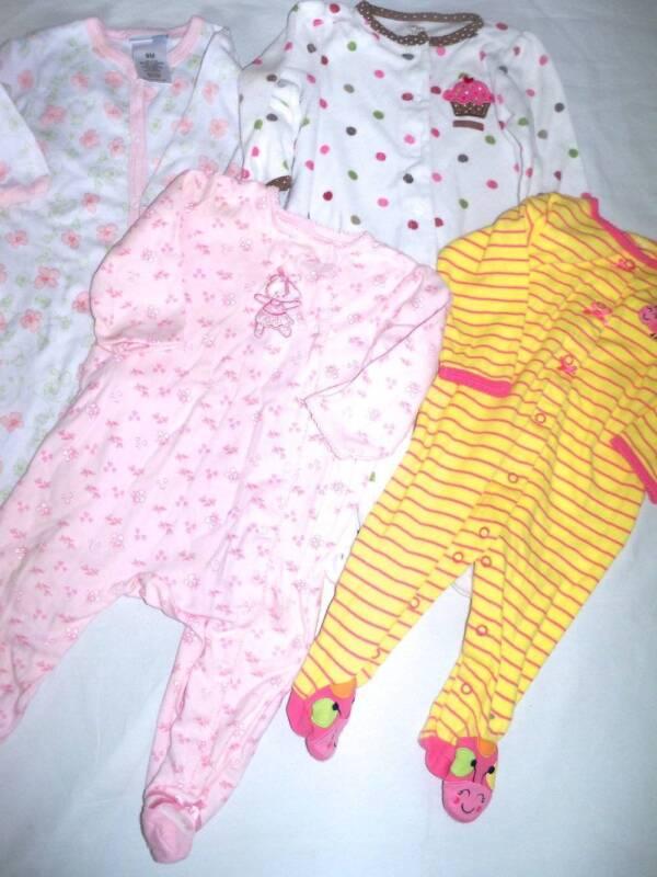 Lot 4 Girls Pajamas Sleepers 9 mo Carters, Vitamins Baby, Little Me