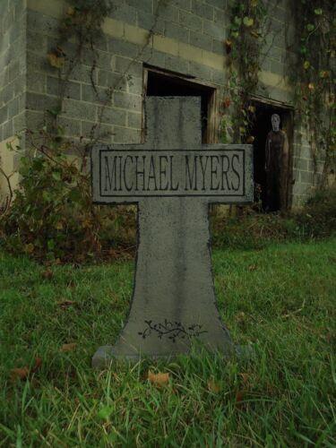MICHAEL MYERS Cross Tombstone Halloween Prop Horror Movie Killer