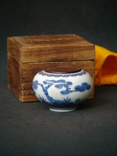 Antique Japan Chinese Incense Burner Ceramic Blue Imari wear wooden lid w/box