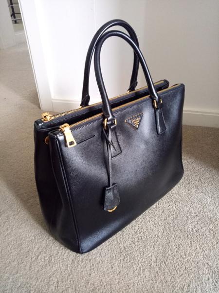 be5678e9b61 ... purchase genuine prada black saffiano tote bag large 1499 non  negotiable 0164b 2952e