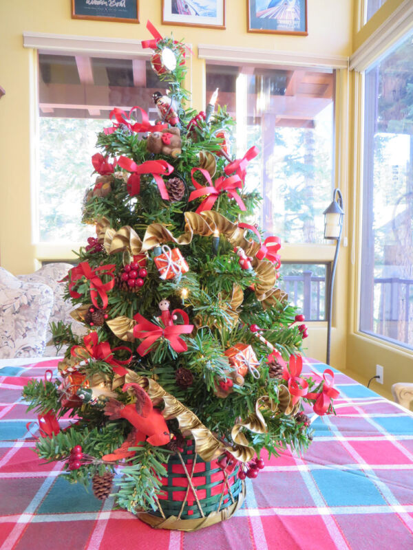 """Table Counter Top Pre Lite Artificial Christmas Tree Professionally Crafted 24"""""""