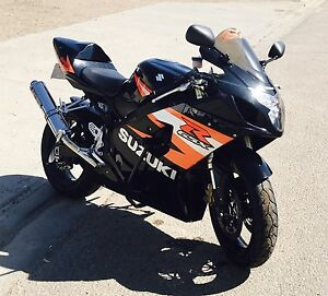 2004 GSX-R600 Motorcycle