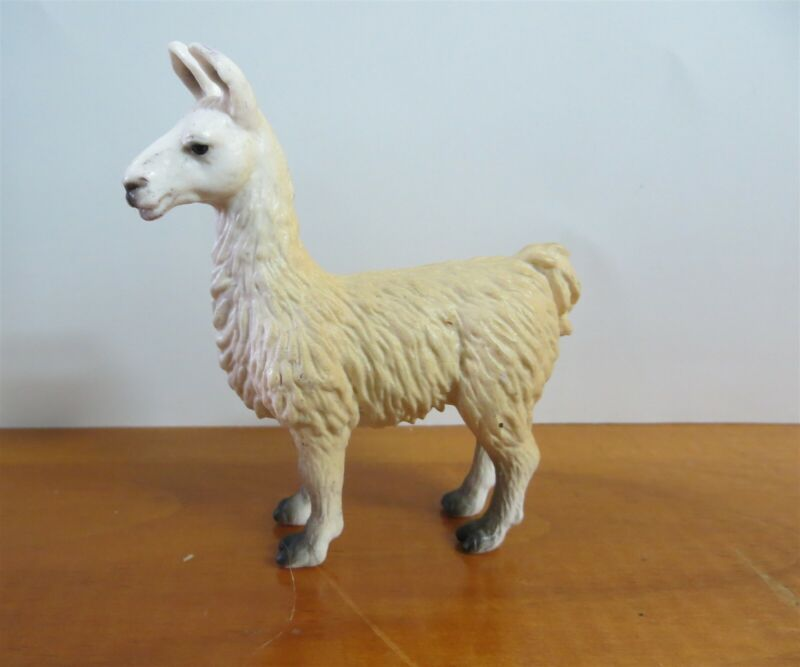 Schleich Llama 14301 8cm Introduced: 2002; Retired: 2009