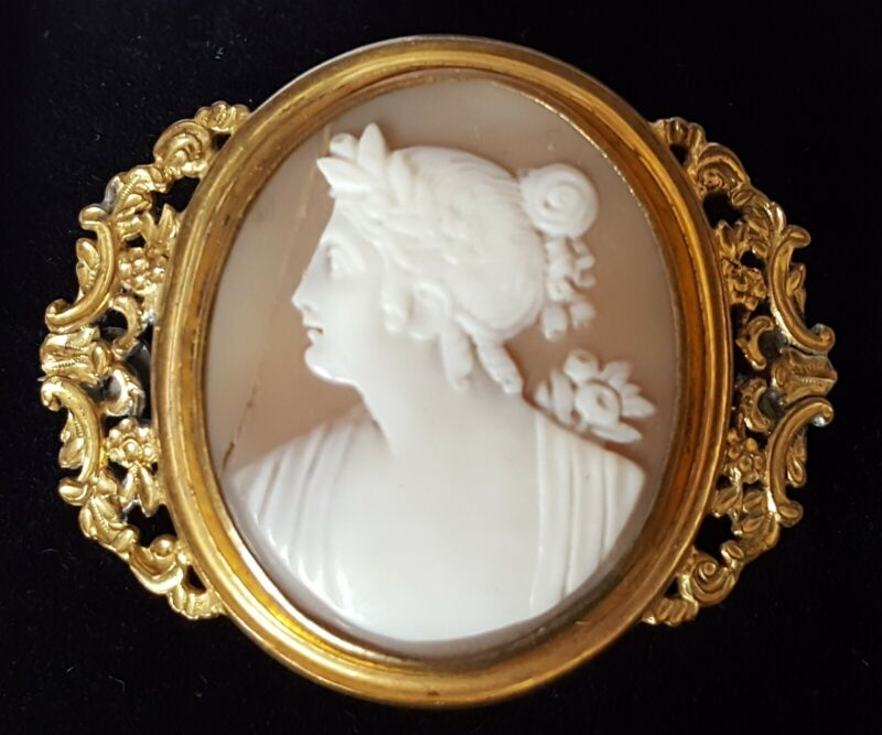 Pinchbeck & carved shell cameo vintage Victorian antique classical maiden brooch