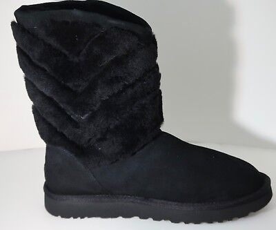 UGG Tania Black Suede Sheepskin Cuff Short Winter Boots 1012391 Brand New in -