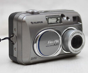 Fujifilm-FinePix-A205-2MP-Digital-Camera-With-Fujinon-5-5-16-5mm-Lens ...
