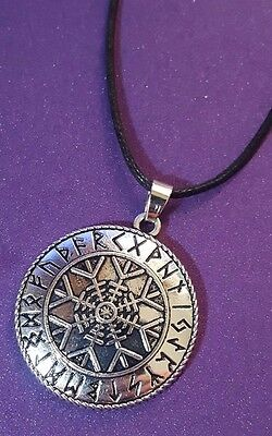 Pendant Viking RUNES HELM OF AWE AEGISHJALMUR Talisman Asatru Protect Necklace