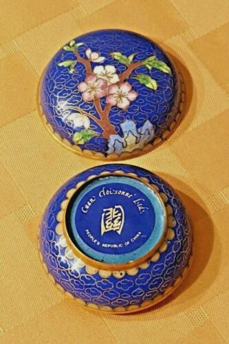 Cuan Cloisonne, Ltd. Round Trinket Box – Made in Peoples Republic of China