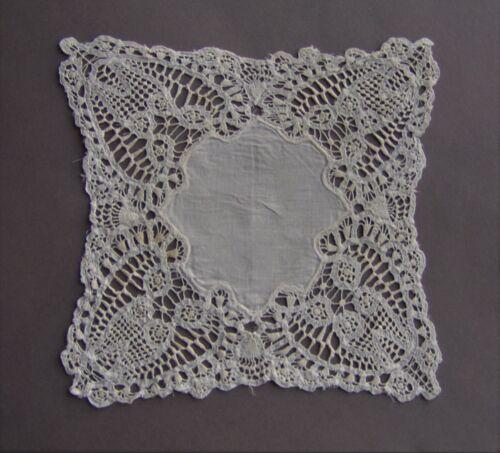 Antique / Vintage Square Doily Linen Bedordshire Lace