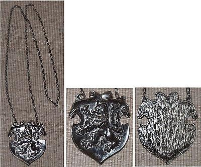Tschechiens Wappen-Löwe / tragbares Ketten-Schild ca. 6x7 cm groß