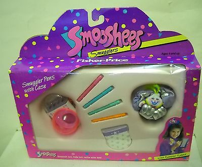 #2663 NRFB Vintage Fisher Price Smooshees Smugglers Rambler Rabbit