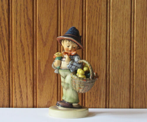 Goebel Hummel Figurine - Easter Greetings - Boy With Chicks In Basket #378