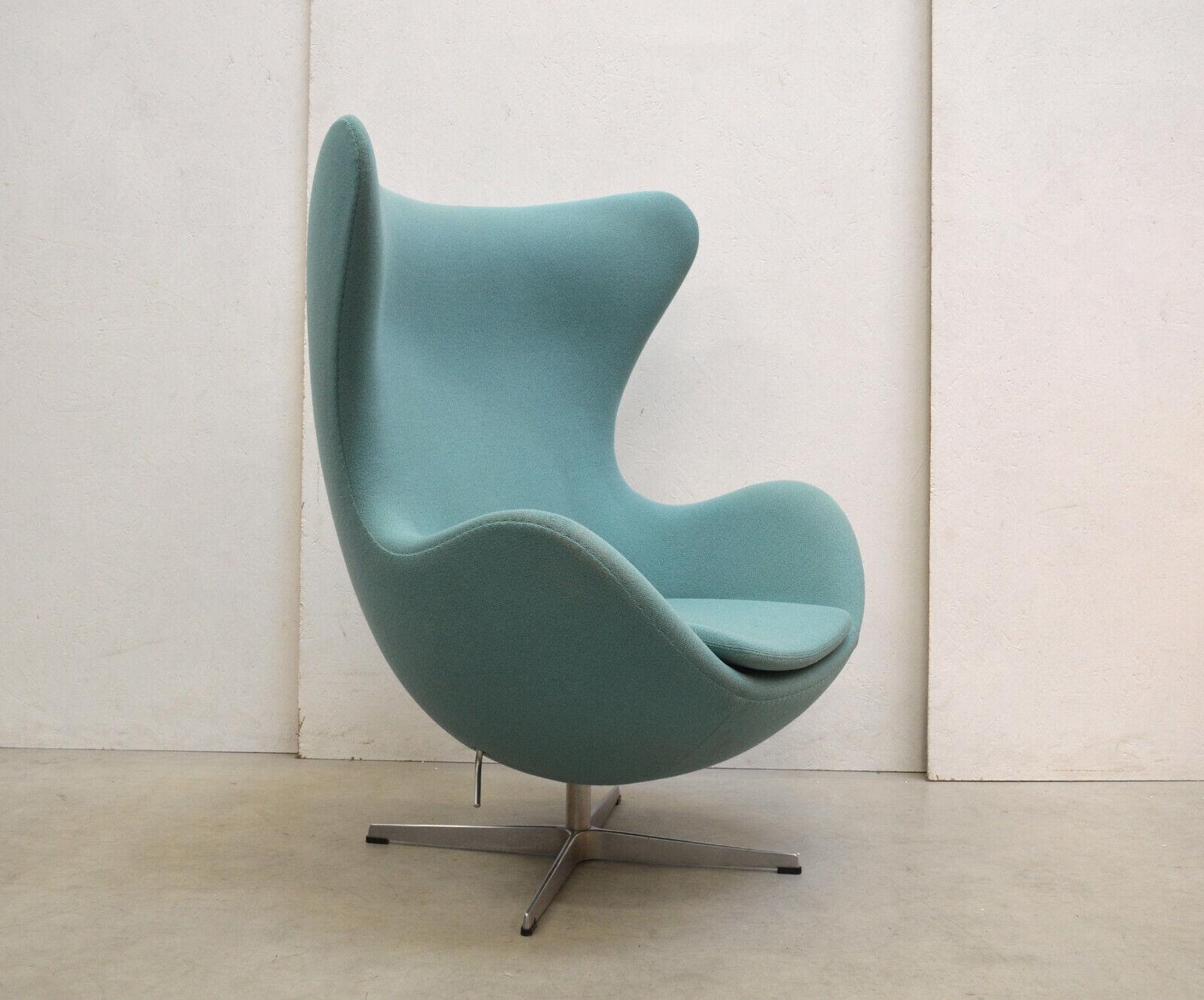 Orig. ARNE Jacobsen EGG Chair by FRITZ Hansen Sessel STOFF Türkis Blaugrün
