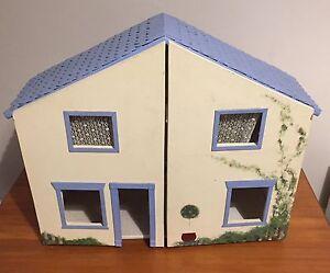 Beautiful handmade doll house Albert Park Port Phillip Preview