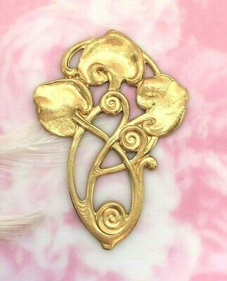 BRASS Art Deco Lily Pad Motif Three Leaf Stamping ~ Jewelry Findings (FB-6051)