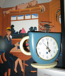 Ingraham Coffee Cup Mug Figure Battery Operated Wall Or Shelf Clock
