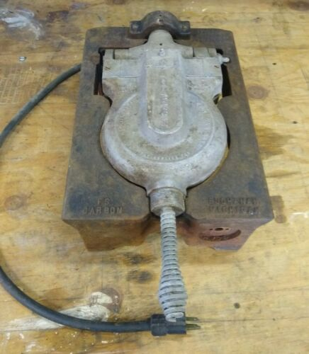 Vintage Rugged I FS Carbon Heavy Duty Cast Iron Commercial Malted Waffle Maker