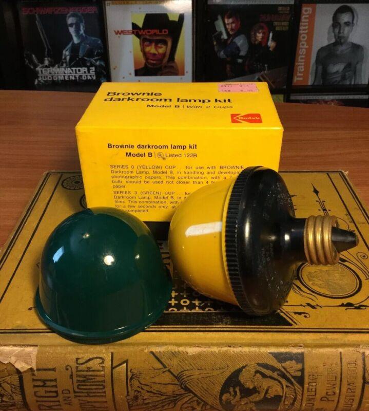 Vintage Kodak Brownie Darkroom Lamp Kit Model B W/ 2 Cups In Working Condition