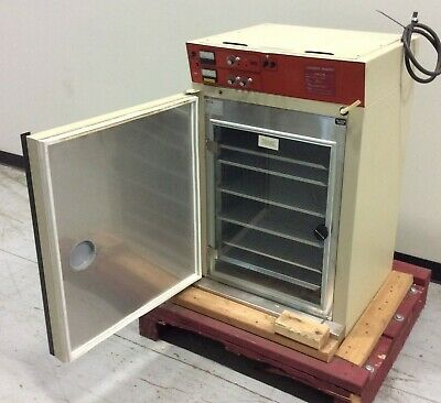 Napco 5100 5cu.ft. Water Jacketed Co2 Incubator