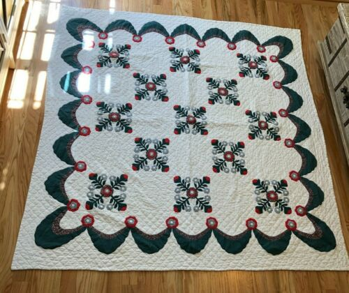 """Vintage Hand-Made Pillow Method Quilt 77"""" x 81""""-1980"""