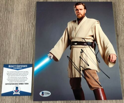 EWAN MCGREGOR SIGNED STAR WARS OBI-WAN 8x10 PHOTO w/PROOF & BECKETT BAS COA