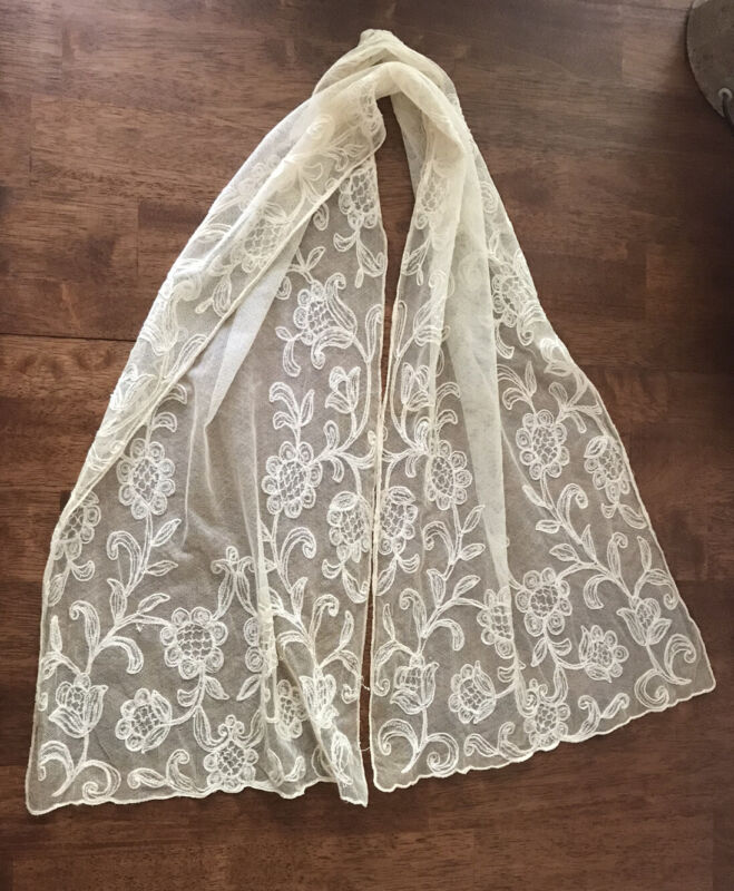 Beautiful Antique Ivory Tambour Net Embroidered Lace Runner