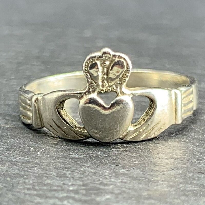 Vintage 925 Sterling Silver Toe Ring Crown and Heart in Hands Celtic Size 3