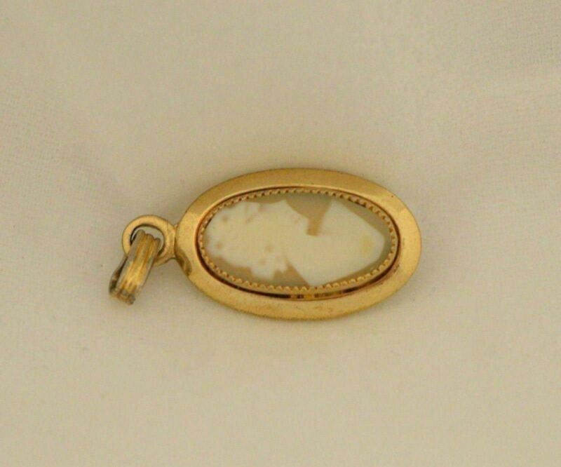 Vintage Yellow Gold Filled 1/20 12k Cameo Pendant